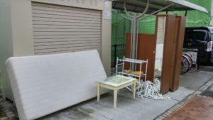 前橋市総社町にてタンス、ベッドなど回収処分の写真-1