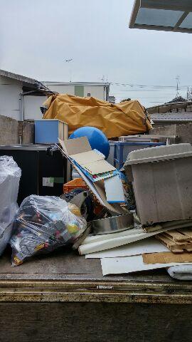 沼田市にてテレビ台、こたつ等回収のご依頼 お客様の画像