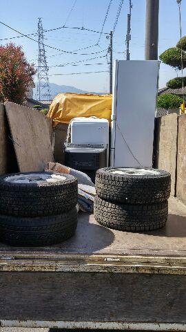 東吾妻町にて冷蔵庫、廃タイヤ等の回収処分のご依頼 お客様の声