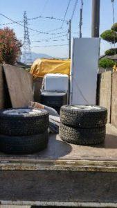 東吾妻町にて冷蔵庫、廃タイヤ等の回収処分のご依頼 お客様の画像