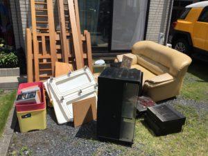 伊勢崎市にて、ソファー、テーブルなどの回収3