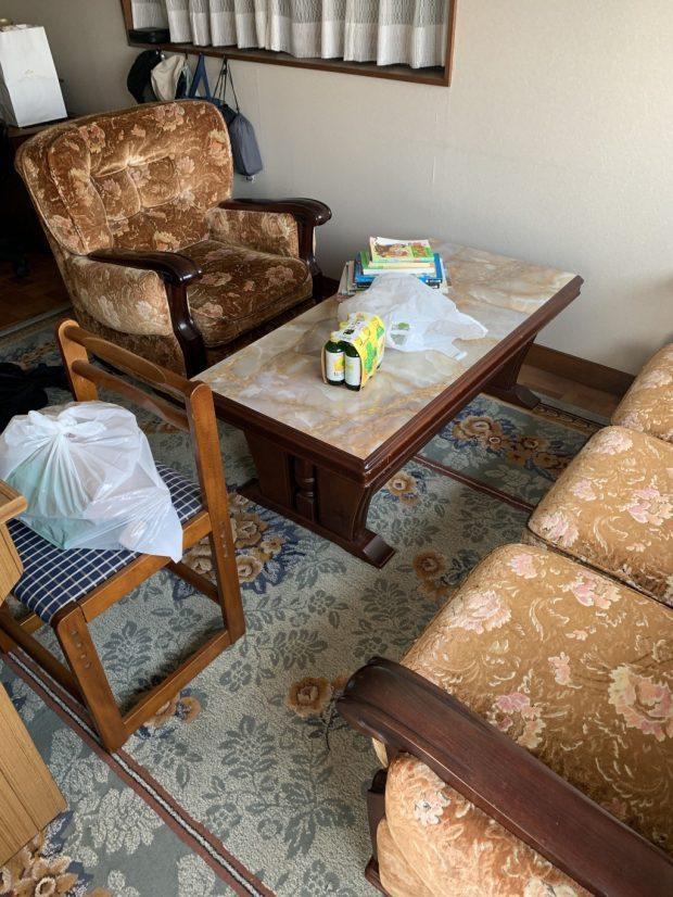 【高崎市沖町】ソファーやテーブルの回収☆料金やご希望の日程での対応にご満足いただけました!